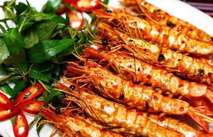 Không ăn hải sản hay thực phẩm tanh khi bị vết thương hở