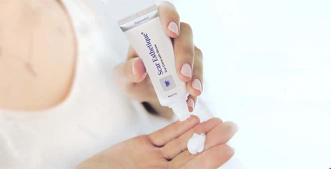 Mỗi sản phẩm Rejuvaskin tạo ra đều với mục đích giúp bạn cảm thấy tự tin hơn, hạnh phúc hơn với làn da khỏe đẹp tự nhiên