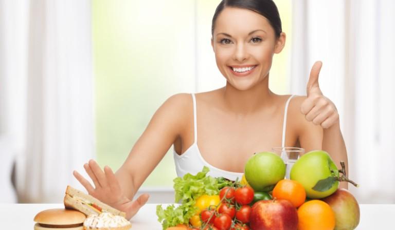 Thêm vào khẩu phần ăn nhiều rau xanh và hoa quả